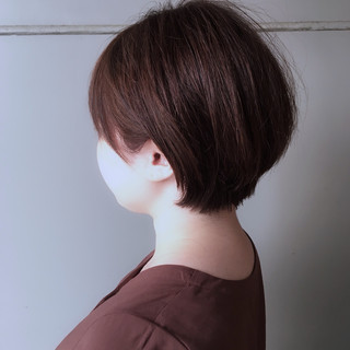 ピンクブラウン ショートヘア 大人かわいい ショートボブ ヘアスタイルや髪型の写真・画像