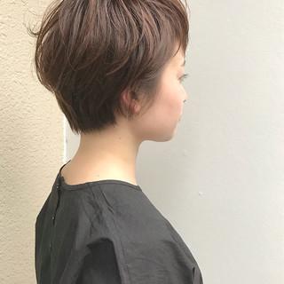 リラックス ナチュラル ショートボブ ショート ヘアスタイルや髪型の写真・画像
