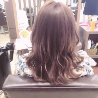 ガーリー ハイトーン レッド セミロング ヘアスタイルや髪型の写真・画像