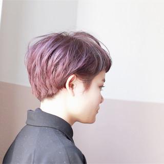 ハイトーン ラベンダーピンク モード ショート ヘアスタイルや髪型の写真・画像