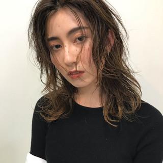 大人かわいい アンニュイほつれヘア ゆるふわ 愛され ヘアスタイルや髪型の写真・画像