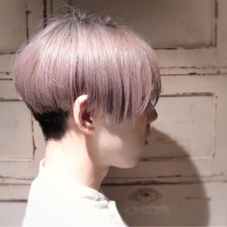 ハイトーン ショート モード メンズ ヘアスタイルや髪型の写真・画像