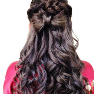 ねじり ヘアアレンジ ロング 袴 ヘアスタイルや髪型の写真・画像