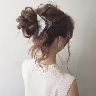 簡単ヘアアレンジ セミロング 大人かわいい ショート ヘアスタイルや髪型の写真・画像