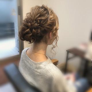 ヘアセット アップスタイル アップ フェミニン ヘアスタイルや髪型の写真・画像
