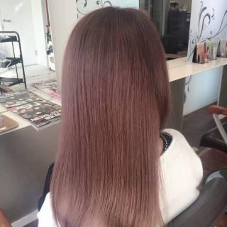 グラデーションカラー ピンク セミロング ベージュ ヘアスタイルや髪型の写真・画像