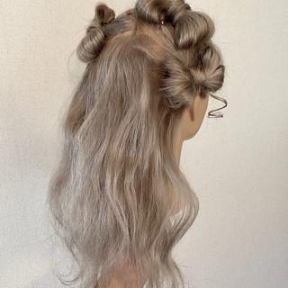 成人式カラー ロング ハイトーンカラー ハイトーン ヘアスタイルや髪型の写真・画像