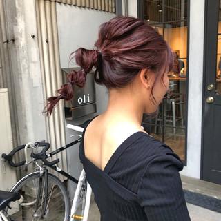 簡単ヘアアレンジ レッド ガーリー ヘアアレンジ ヘアスタイルや髪型の写真・画像