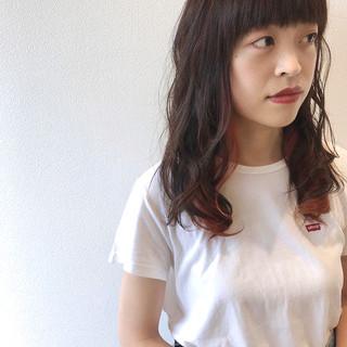 ロング アッシュグレージュ インナーカラー グレージュ ヘアスタイルや髪型の写真・画像