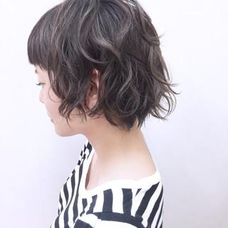 ボブ 秋 アウトドア リラックス ヘアスタイルや髪型の写真・画像