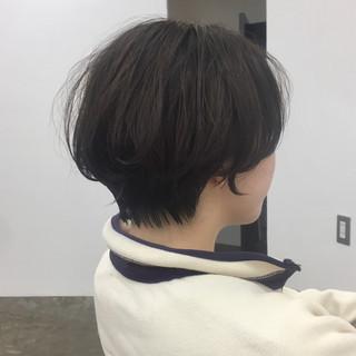 ショート 小顔ショート ハンサムショート ショートボブ ヘアスタイルや髪型の写真・画像