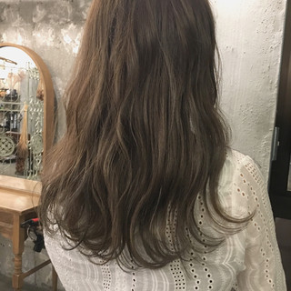 セミロング デート リラックス オフィス ヘアスタイルや髪型の写真・画像
