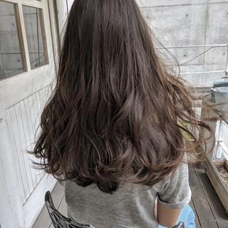 アウトドア オリーブベージュ ヘアアレンジ イルミナカラー ヘアスタイルや髪型の写真・画像