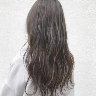 透明感 ロング グレージュ ヘアアレンジ ヘアスタイルや髪型の写真・画像