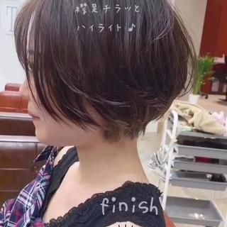 デート オフィス ナチュラル インナーカラー ヘアスタイルや髪型の写真・画像
