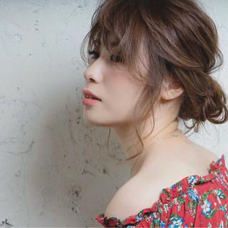 ミディアム 大人かわいい 簡単ヘアアレンジ ショート ヘアスタイルや髪型の写真・画像