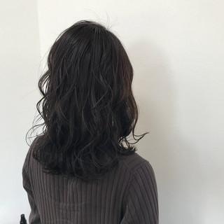 秋 透明感 リラックス セミロング ヘアスタイルや髪型の写真・画像