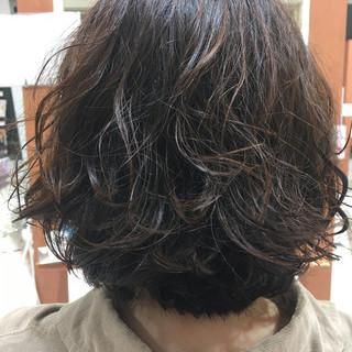 ナチュラル ルーズ アンニュイ ボブ ヘアスタイルや髪型の写真・画像