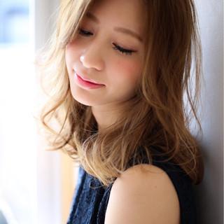 大人かわいい 外国人風 フェミニン ナチュラル ヘアスタイルや髪型の写真・画像