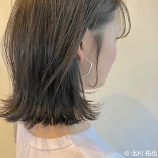ミントアッシュ 切りっぱなしボブ 透明感カラー ボブ ヘアスタイルや髪型の写真・画像