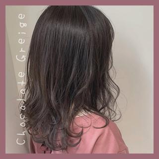 ガーリー セミロング 透明感カラー ヘアスタイルや髪型の写真・画像