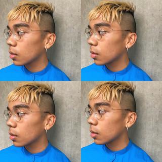 ショートヘア インナーカラー ショートボブ ウルフカット ヘアスタイルや髪型の写真・画像