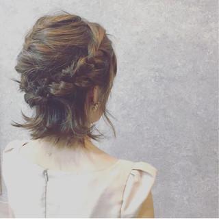 結婚式 ヘアアレンジ 謝恩会 フェミニン ヘアスタイルや髪型の写真・画像