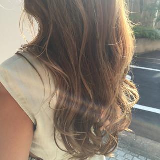 ストリート アッシュ ロング パーマ ヘアスタイルや髪型の写真・画像