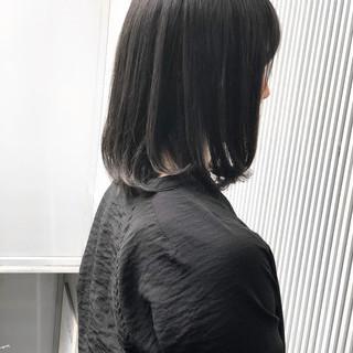 ナチュラル グレージュ 前髪 アッシュ ヘアスタイルや髪型の写真・画像