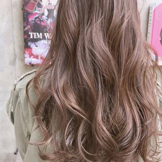 ヘアアレンジ ナチュラル アッシュグレージュ グレージュ ヘアスタイルや髪型の写真・画像