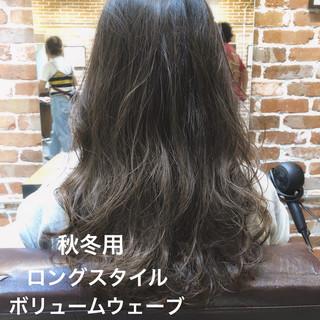 ゆるふわパーマ デジタルパーマ ロング ゆるふわ ヘアスタイルや髪型の写真・画像