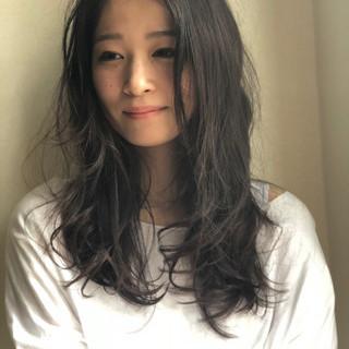 簡単 セミロング デート レイヤーカット ヘアスタイルや髪型の写真・画像