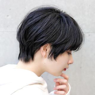 アウトドア ショート 大人かわいい デート ヘアスタイルや髪型の写真・画像