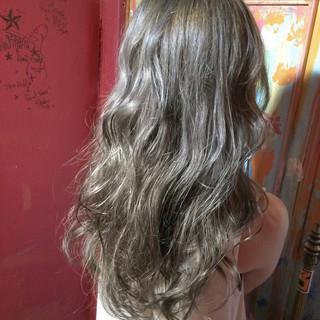 ロング グラデーションカラー ストリート ハイトーン ヘアスタイルや髪型の写真・画像