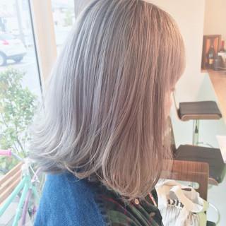 グラデーションカラー ハイトーン ホワイト 外国人風 ヘアスタイルや髪型の写真・画像
