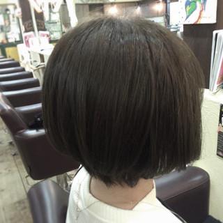 グレージュ アッシュ ナチュラル 冬 ヘアスタイルや髪型の写真・画像
