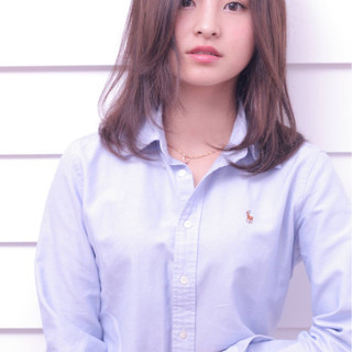 ゆるふわ パーマ 前髪あり 外国人風 ヘアスタイルや髪型の写真・画像