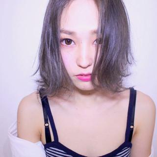 ストリート 外国人風 ハイトーン アッシュ ヘアスタイルや髪型の写真・画像
