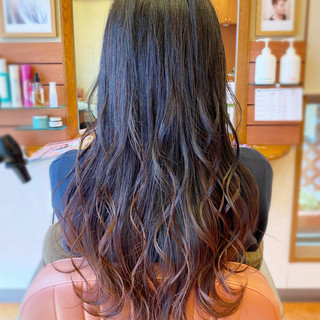 グラデーションカラー ヘアアレンジ ロング エレガント ヘアスタイルや髪型の写真・画像