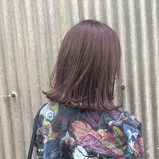 ガーリー ピンク ピンクアッシュ レッド ヘアスタイルや髪型の写真・画像