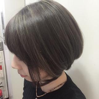 ボブ ショートボブ 外国人風カラー アッシュ ヘアスタイルや髪型の写真・画像