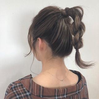 ミディアム ガーリー 簡単ヘアアレンジ デート ヘアスタイルや髪型の写真・画像
