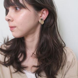 セミロング ロングヘア ウルフカット フェミニン ヘアスタイルや髪型の写真・画像