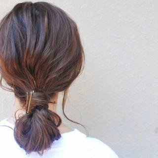 春 ストリート センターパート ウェットヘア ヘアスタイルや髪型の写真・画像