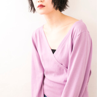 外ハネ アンニュイ 黒髪 ショート ヘアスタイルや髪型の写真・画像