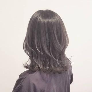 ナチュラル グレージュ 外国人風カラー アッシュ ヘアスタイルや髪型の写真・画像