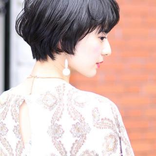 小顔ショート デジタルパーマ ショートヘア ショート ヘアスタイルや髪型の写真・画像