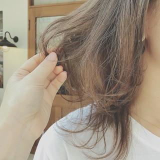 デート 前髪あり ナチュラル ミディアム ヘアスタイルや髪型の写真・画像