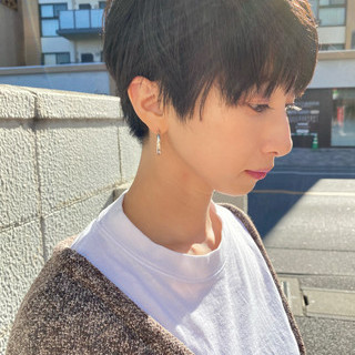 ウルフカット ショートヘア ショート ベリーショート ヘアスタイルや髪型の写真・画像