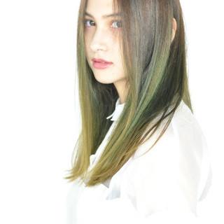 ウェットヘア 透明感 フェミニン 抜け感 ヘアスタイルや髪型の写真・画像